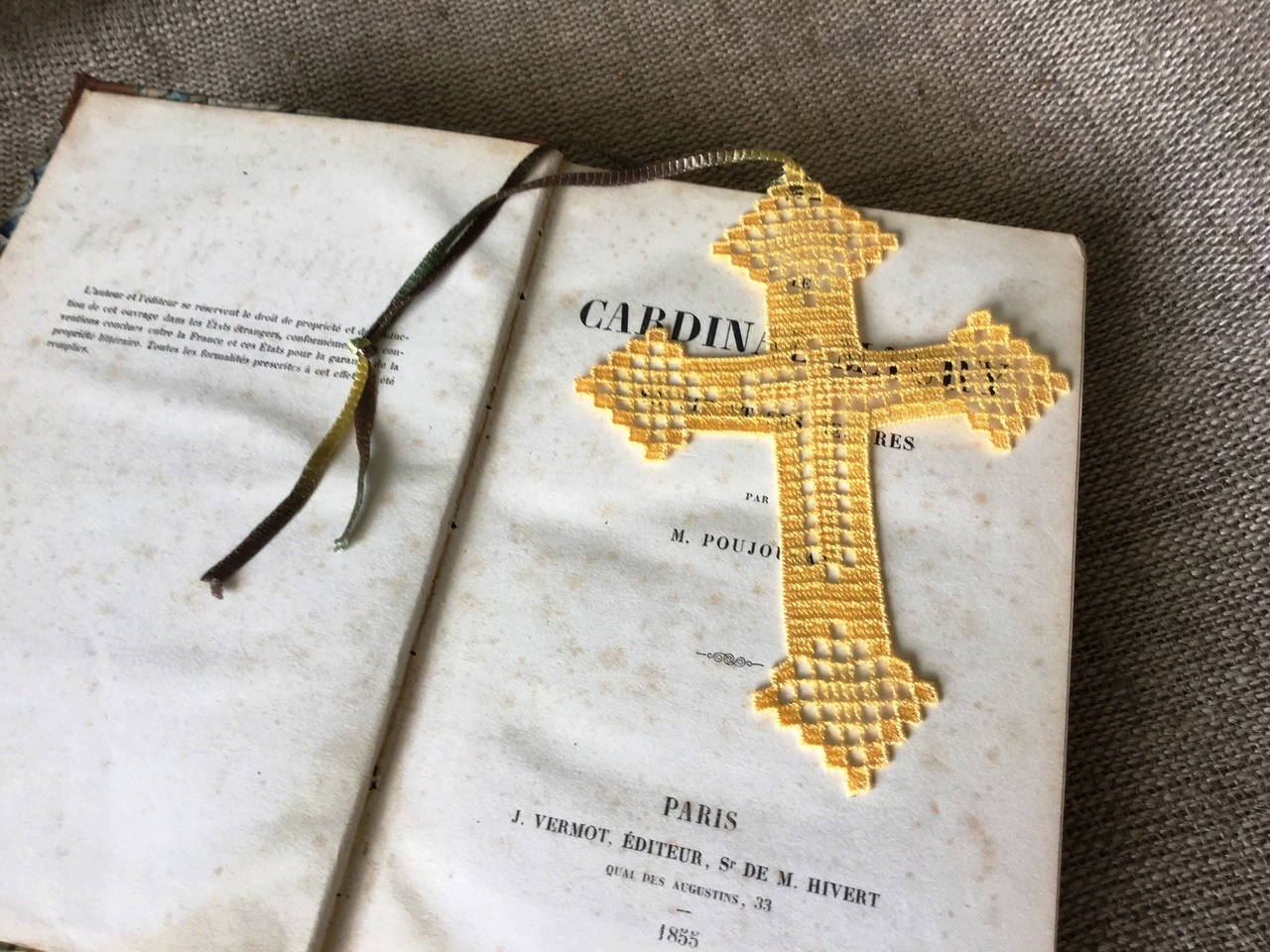 Embroidery bookmark Bible Cross design