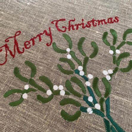 Mistletoe embroidery designs set