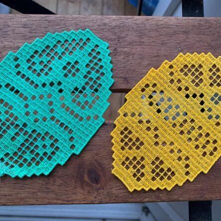 FSL Easter eggs mug rugs